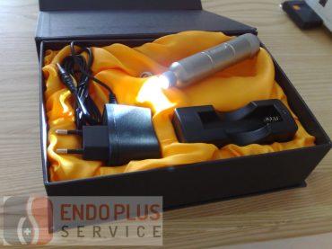 EW-201 kézi, akkumulátoros, LED-es fényforrás